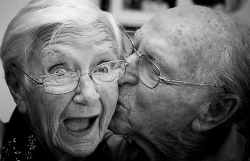 old people and love